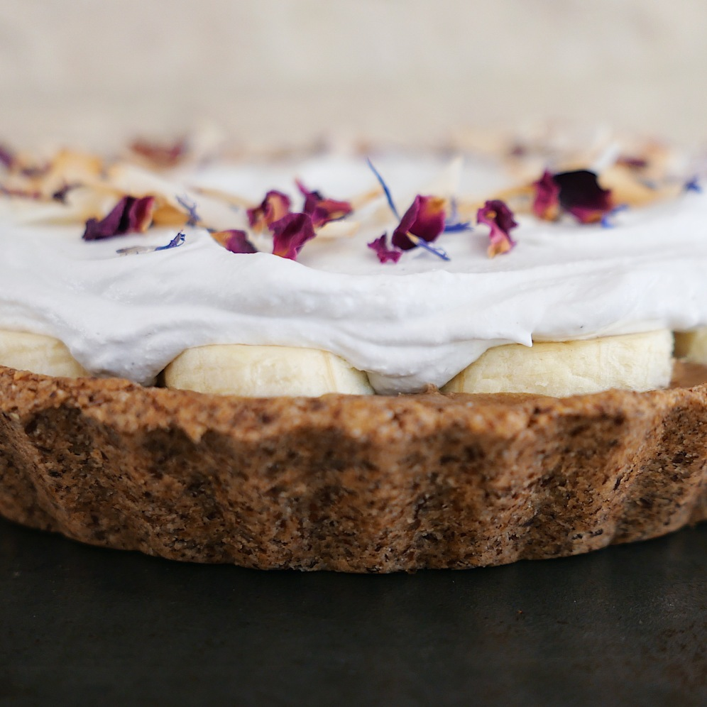 Tahini banana Banoffee pie