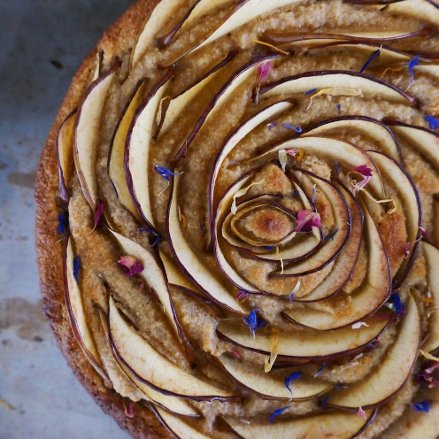 Olive oil Apple Almond cake